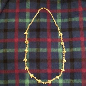NWOT: shell necklace!